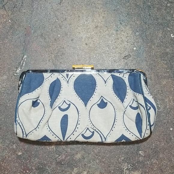 Old Navy Handbags - OLD NAVY fabric metal frame clutch